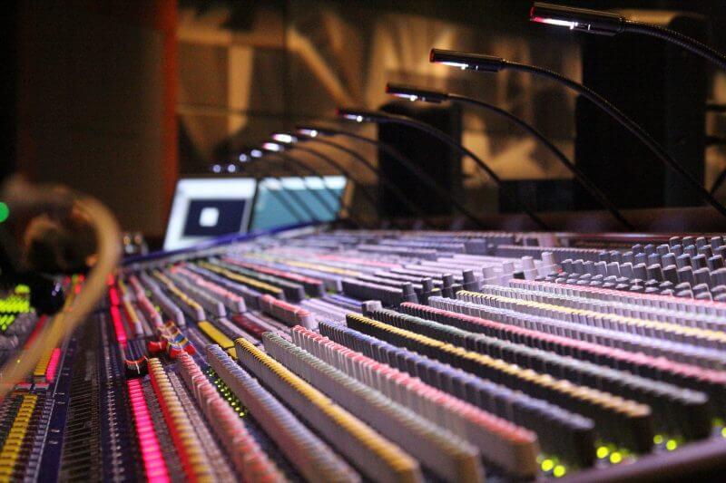 mixing-board2